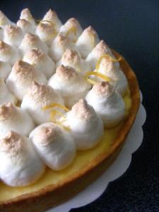 Tarte au citron meringuée dans Tartelettes au citron meringuees Tarte-au-citron-meringu%C3%A9e-%C3%A0-la-Michalak-225x300