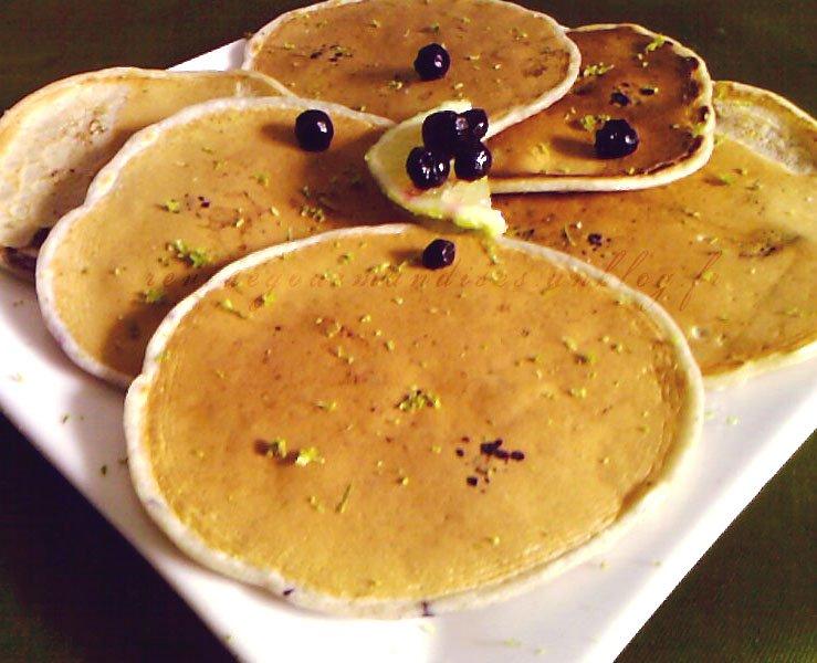 pancakesmyrtillescitronvertchoco.jpg