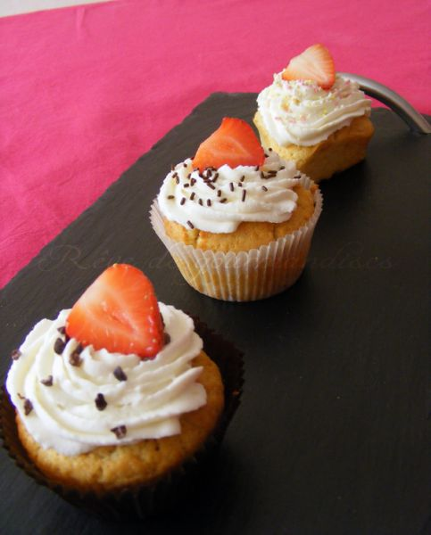 cupcakescranberriesfraises.jpg